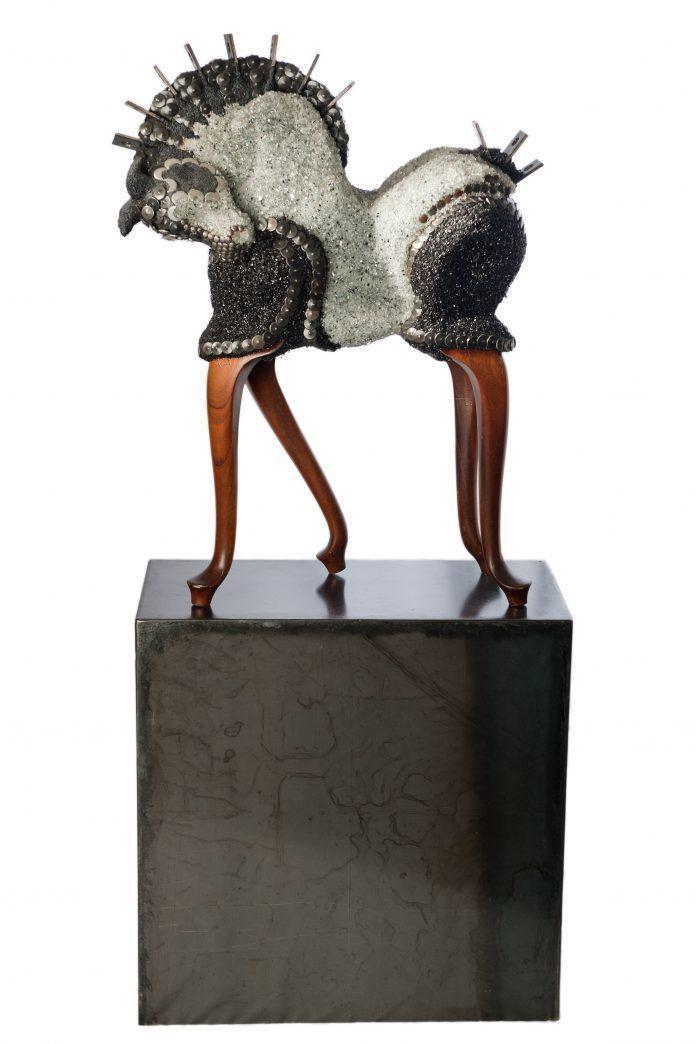 Sculpture by Petra Cox / 4996