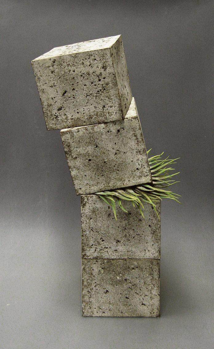 Sculpture by Alberto Bustos / 6330