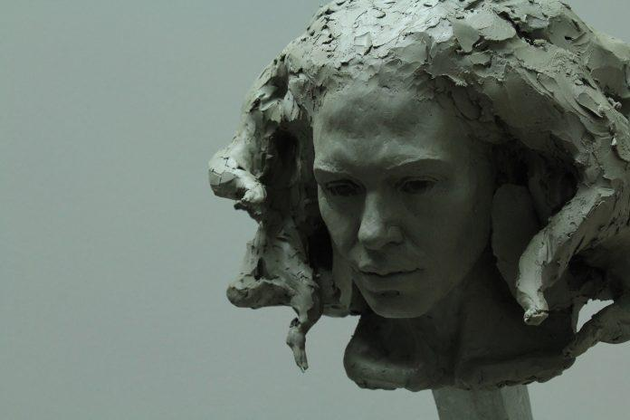 Sculpture by Maudie Brady / 6651